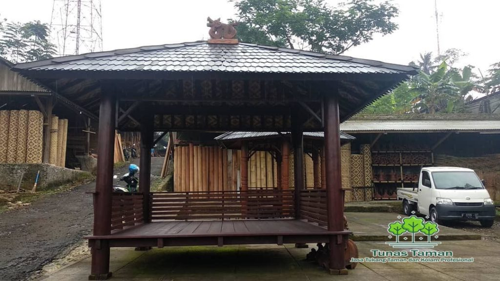 Jasa Pembuatan Saung Gazebo Saung Kayu Kelapa